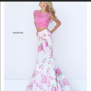 Sherri Hill dress never been used!